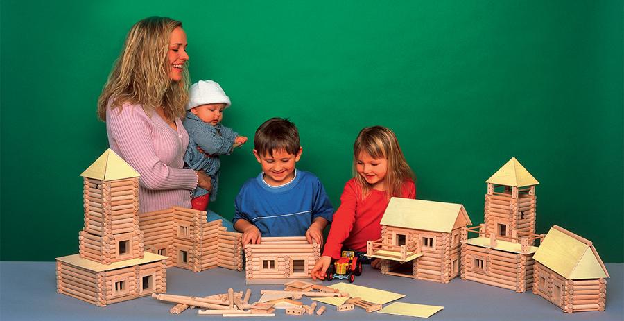 Kompleti za gradnjo iz lesa Vario